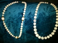beaded white and black necklace 523 mi
