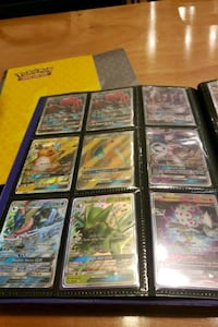 Pokemon trading card collection 994 mi