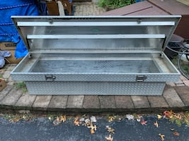 Truck bed tool box for sale