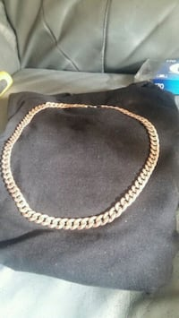 gold-colored chain link necklace Spruce Grove, T7X 4M7