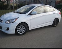 2014 white hyundai accent gls no accident , clean car only 148000 kms Toronto, M5H 1L6
