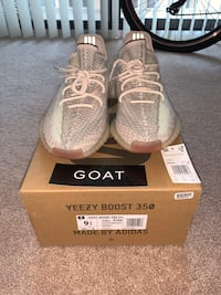 Yeezy boost 350 v2 - Citrin Mens 9.5 Arlington, 22201