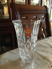 Vase de cristal made in germany 7´ x 4' negociable Montréal, H1J 2P7