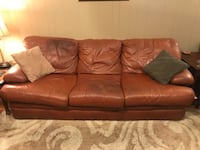 Genuine leather couch Clinton, 39056