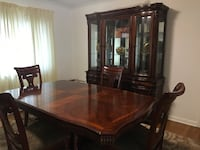 Formal dining room table with Hutch Canal Winchester, 43110