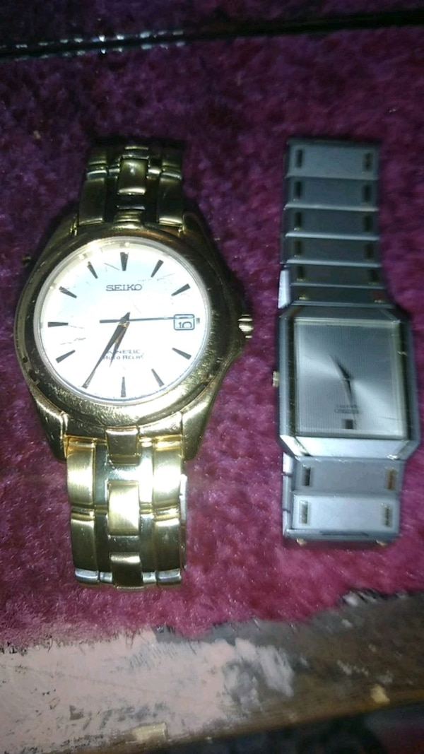 2 men's Seiko watches