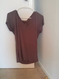 women's brown scoop-neck shirt Silver Spring, 20910
