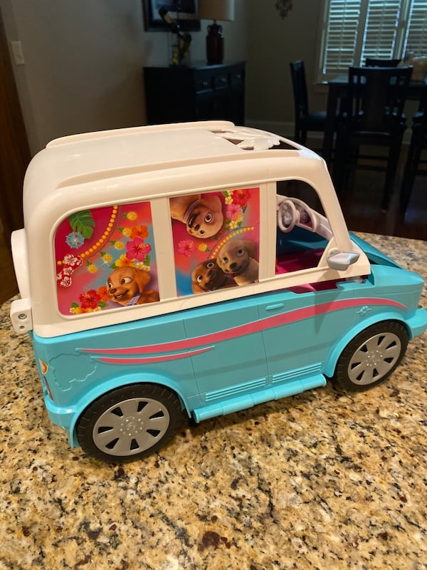 Barbie® Ultimate Puppy Mobile (Brand new never played with but once) 7aeb12fe-644b-4e94-b84a-8be3733c9c37