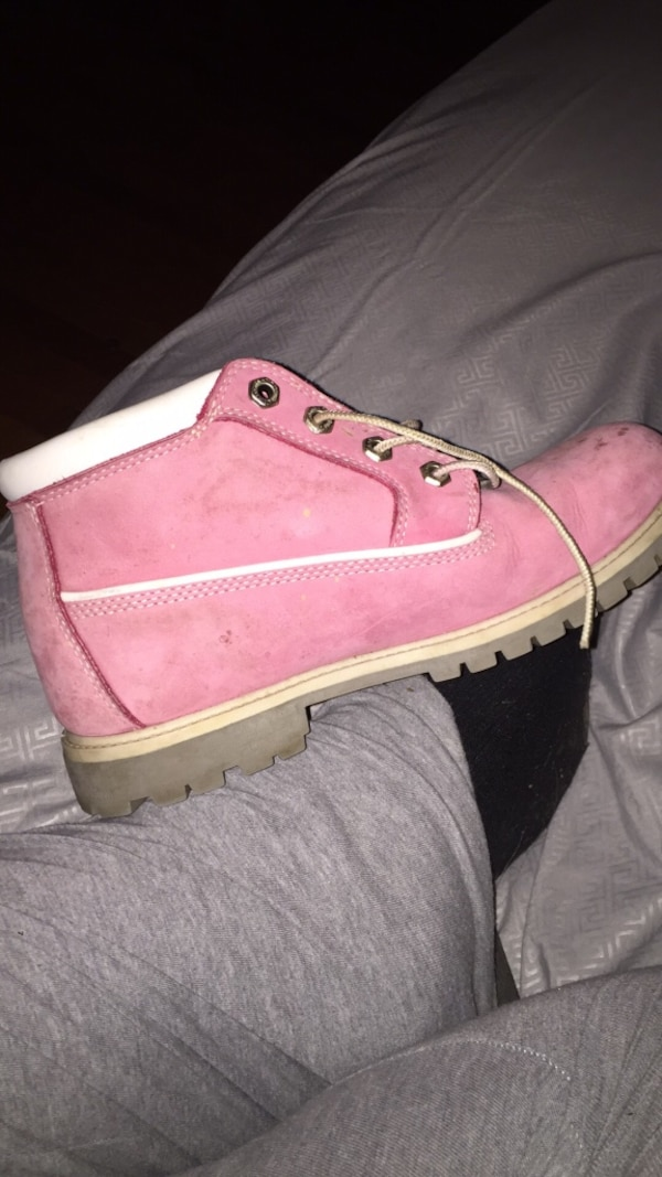 Used Size 8 mens Pink Tim s for sale in Norwich - letgo a88136edd