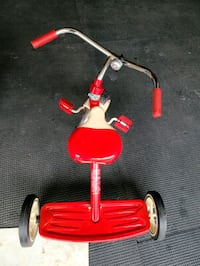 Radio Flyer Tricycle with bell
