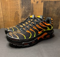 Air max plus black volt men's size 9  Horsham, 19044