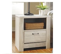 2 new nightstands for sale! Washington, 20002