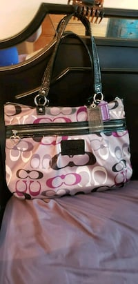 pink and white Coach leather tote bag Saint Paul, 55125