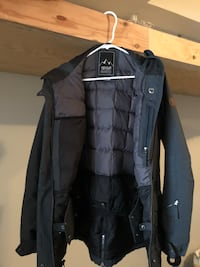 Woman's Rip Curl M Winter Jacket North Vancouver