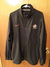 Mens large nike dry fit coat new  Eastern Passage, B3G 1B9