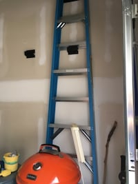 8 foot ladder - excellent condition  Raeford, NC 28376, USA