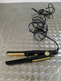 Ceramic hair straightener Portland, 97206