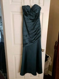 Evening gown size 6 Mississauga, L5N 7T3