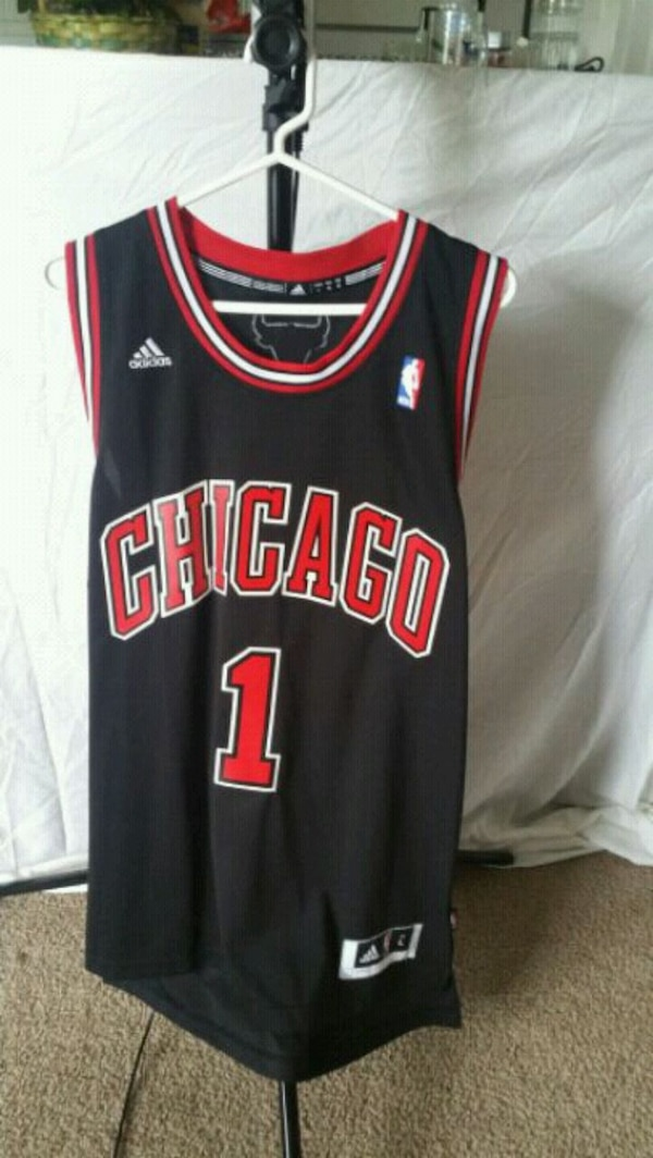 dd9a7fdc97e Used black and red Chicago Bulls 23 jersey for sale in Alexandria - letgo