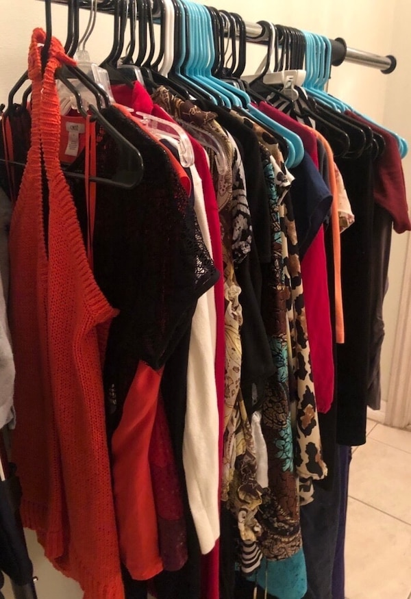 Used Tops, dresses, skirts , etc teens and women for sale in