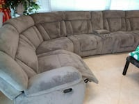 SECTIONAL RECLAINER BRAND NEW