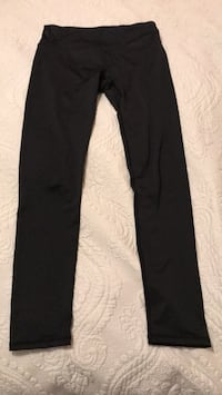 Medium black leggings Ottawa, K4M 0P1