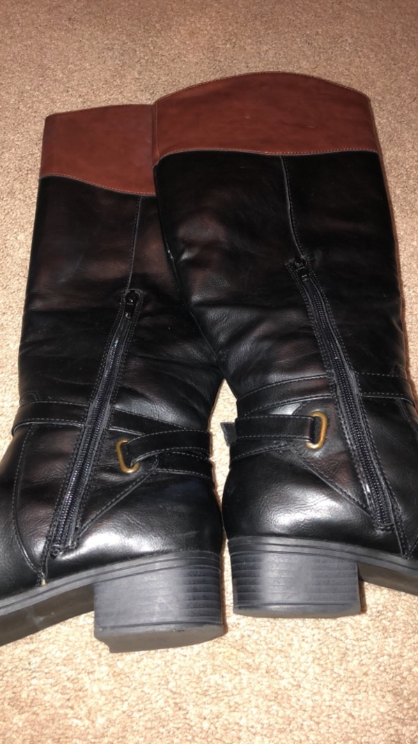 Women 2-tone wide calf boots size 8.5 7