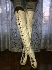 white lace up thigh high boots... brand new Toronto, M9R 3W1