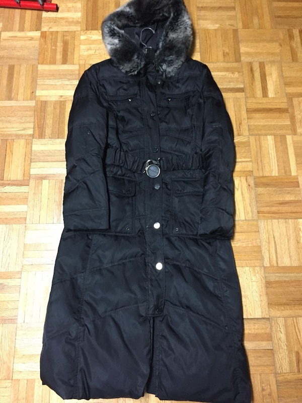 3e41d463494 Used black button up down hoodie coat for sale in Mississauga - letgo
