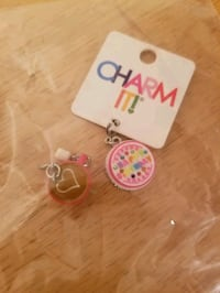 2 Charm it charms