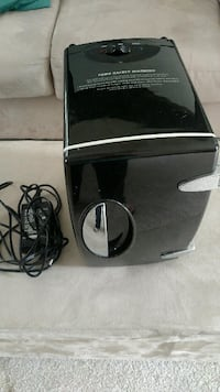 Hot & Cold electric cooler Bowie