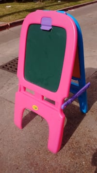 Crayola Kids Easel for Trade in Houston 77009 Houston