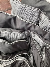 Beautiful comforter Queen size in grey tones. Orlando, 32832
