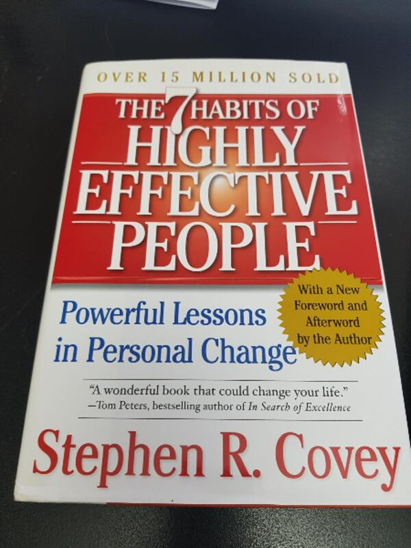 3 Leadership Series by Stephen Covey and Vince Poscente 1e9ad607-ab91-4cb8-a6d1-bc031cb29d8c