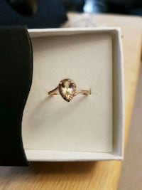 10k rose gold morganite ring. Toronto, M1W 2T1