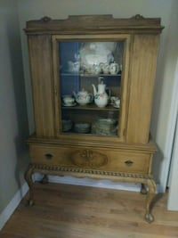 Antique wood china cabinet with drawer Newmarket, L3X 2X4