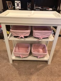 Pottery Barn Kids Changing Table - White Leesburg, 20176