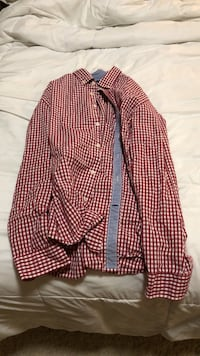 Tommy Hilfiger Men's Shirt  Sun Prairie, 53590