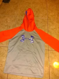Under armour Hoodie size L good condition Windsor Heights, 50324