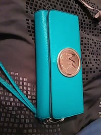 Michael Kors wallet or can be used as wristlet Glenolden, 19036