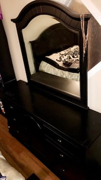 Queen Bedroom Package all black selling as a set only. Open to offers  Calgary, T3J 4R9