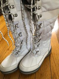 Aldo waterproof white boots Falls Church, 22042