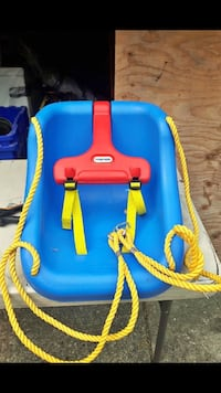 blue and red Little Tikes swing chair Surrey, V3R
