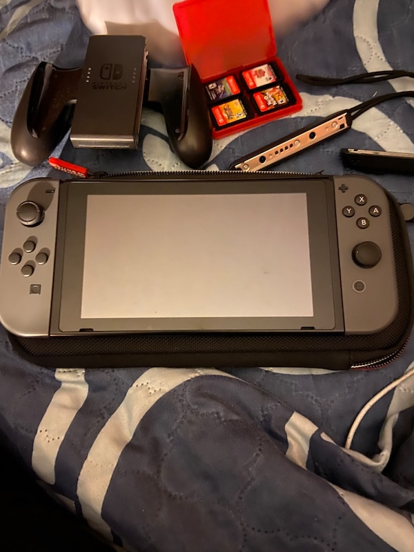 Nintendo switch  0