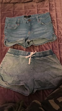 women's blue denim short shorts Montréal, H3X 2T6