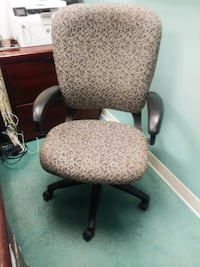 2 Office Chairs $40 each or best offer WASHINGTON