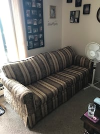Couch with fold out bed need gone before the end of the weekend
