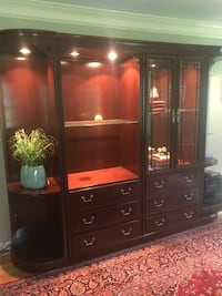Wall unit - 4 pieces West Chester, 19382