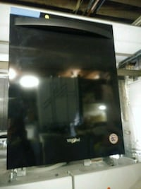 New scratch and dent whirlpool dishwasher Baltimore, 21223