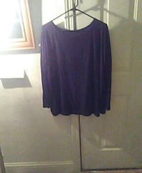 purple scoop-neck long-sleeved blouse Turlock, 95380